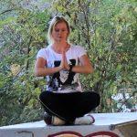 Susanne Graf wir Sie entspannen, unter anderem mit ihren Yoga-Kursen.