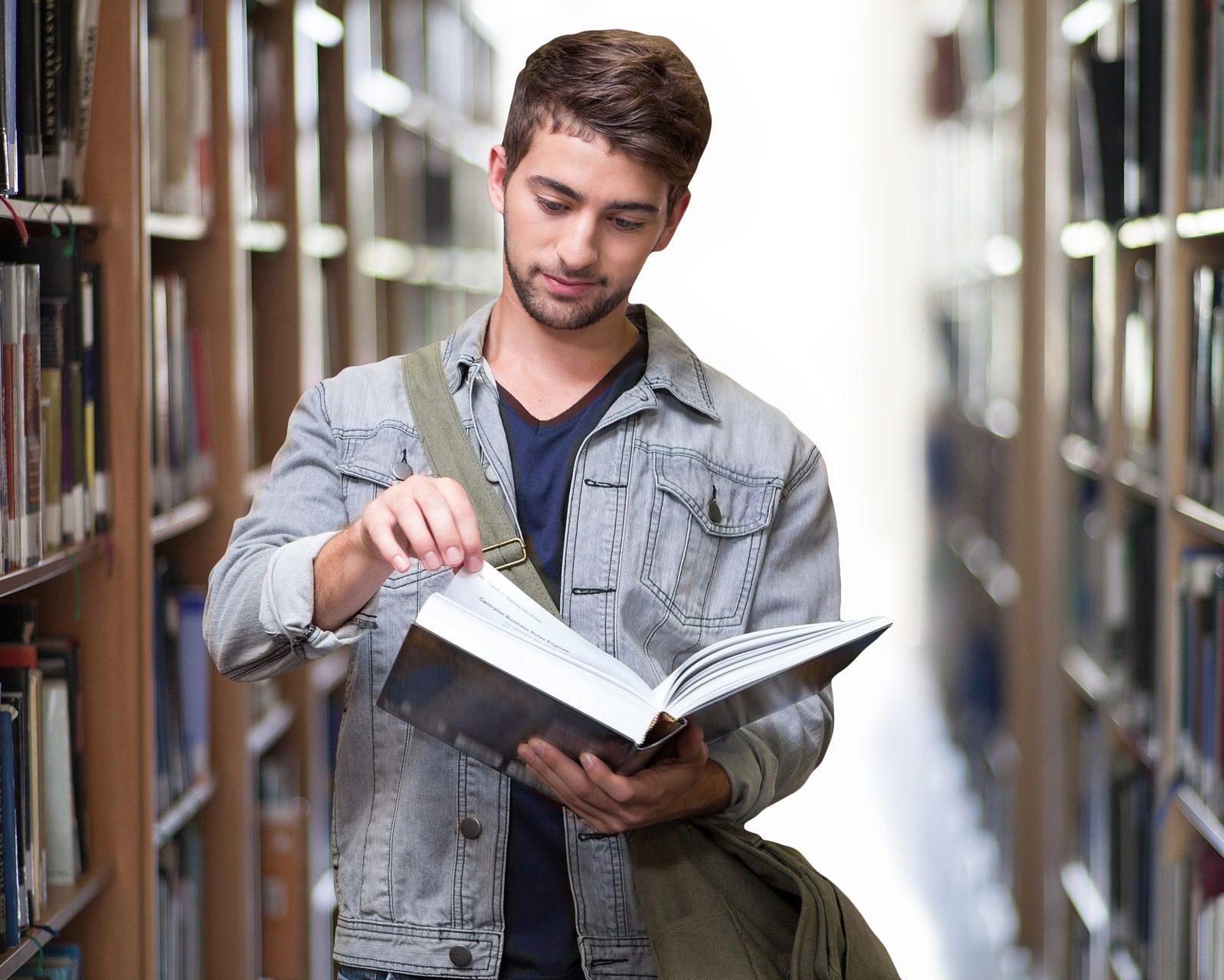 Weiterbildungen durch Präsentsseminare oder E-Leanring. Klicken Sie für weitere Infos....